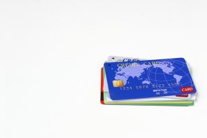 不用になったクレジットカードの処分方法